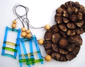 Wind Chimes with Hand Carved Flowers