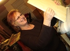Artist and Wood Carver  Suzanne Vittone