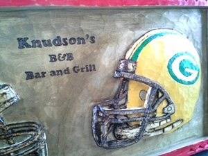 Knudson's B and B Bar and Grill