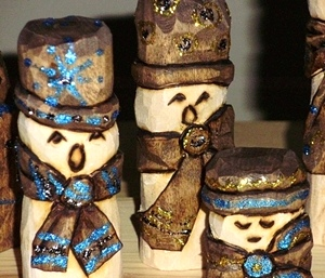 Hand Carved Snowman Family Chorus Extra Snowmen